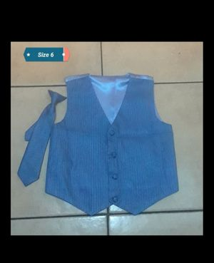 Chaleco de vestir size 6 niño for Sale in Lynwood, CA