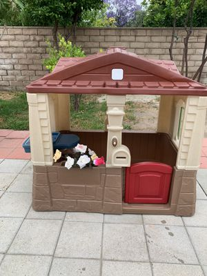 Step 2 Playhouse for Sale in Los Angeles, CA