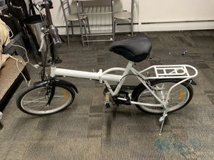 Folding electric bike. New taking trades also. for Sale in Lyons, IL