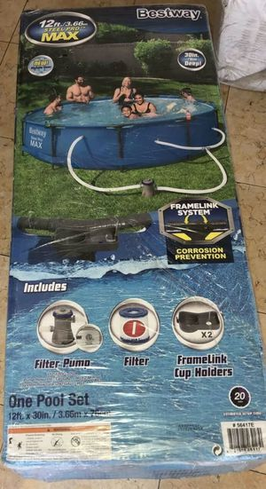 """Bestway 12' x 30"""" Frame Above Ground Pool w/ Filter Pump for Sale in Boston, MA"""