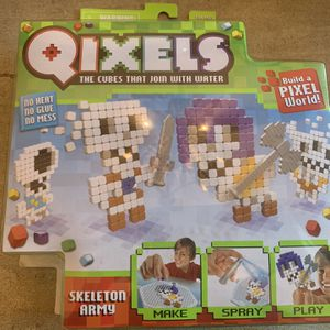 Qixels Skeleton Army Craft Pack - NEW in Box for Sale in Irvine, CA