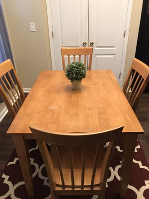 Table for Sale in Millsboro, DE