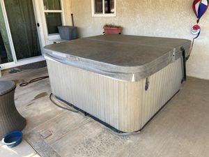 Hot spot hot tub for Sale in Hesperia, CA