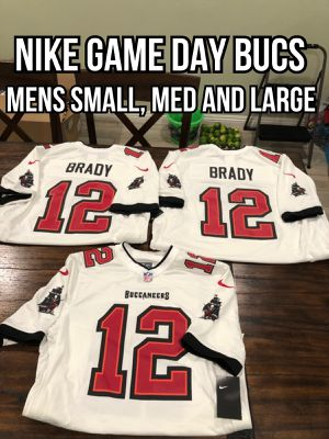 NFL Nike Game day Tampa Bay Buccaneers #12 Tom Brady White men's jersey size small, medium and large for Sale in Hacienda Heights, CA
