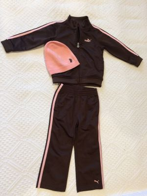 Baby Girl Toddler PUMA tracking costume with a matchin beanie 24m (2 years old baby) for Sale in Los Angeles, CA
