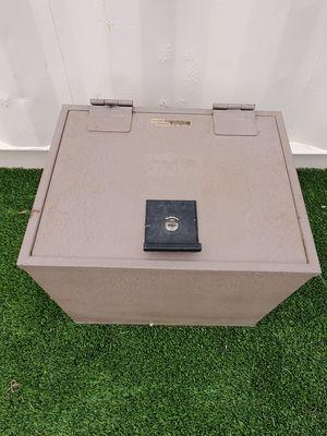 Vintage Fire safe for Sale in Phoenix, AZ