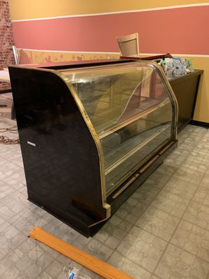 Bakery or deli display/ cooler. for Sale in Tempe, AZ