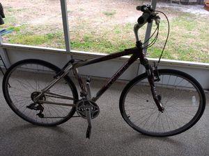 """Trek Men's 28"""" Mountain Bike Multitrack 7100 model for Sale in Clearwater, FL"""