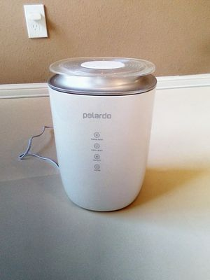 Like new in box, humidifier for big room for Sale in Houston, TX