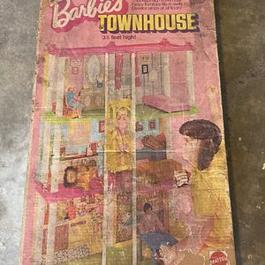 Free! Missing Items/Dirty, 1970's Barbie Doll Pieces-Reaf for Sale in Huntington Beach, CA