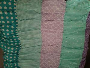 Little Girls Full Sized Comforter Set for Sale in San Antonio, TX