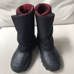 Tundra toddler snow boots unisex for Sale in Miami Gardens, FL
