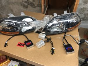 Honda Civic OEM black housing Full Headlight HID system for Sale in Peabody, MA