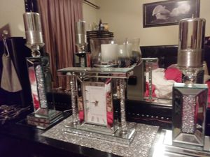 Crystal mirror clock and 2 piece candle holders for Sale in Orlando, FL
