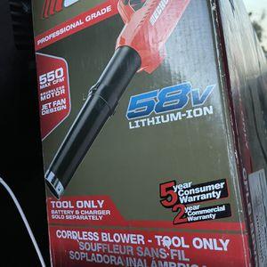 está Nuevo no trae batería Ni El cargador for Sale in San Diego, CA