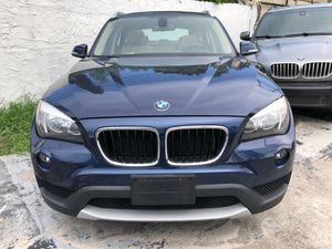 2013 BMW X1. Clean Title. (Price based on a $3k down) for Sale in Miami, FL