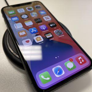 """iPhone X 64 GB """"Unlocked"""" for Sale in Farmingdale, NY"""