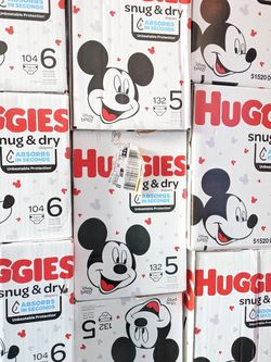 Huggies Snug And Dry Size 3 4 5 6 for Sale in Bellflower,  CA