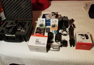 Canon EOS Rebel XT, Calumet Case, EFS 18-55MM, EF100MM F.2.8, MR-14EX HUGEBUNDLE for Sale in Chicago, IL