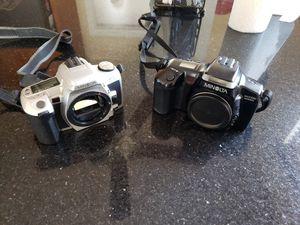 Two vintage Minolta film cameras for Sale in Los Angeles, CA