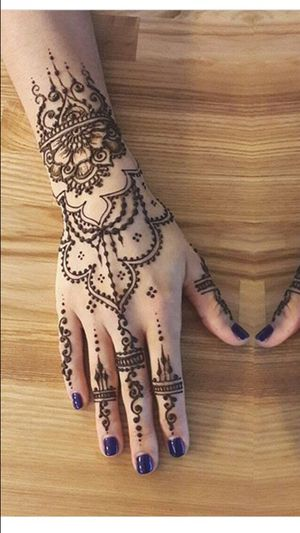 Henna details for ladies for Sale in Detroit, MI