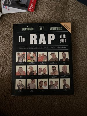 The rap year book for English 205. for Sale in San Diego, CA