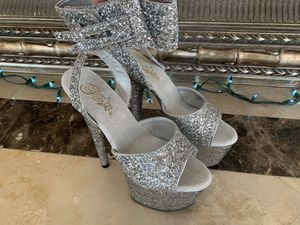 New Pleaser Silver Glitter Heels Size 8 for Sale in Tustin, CA