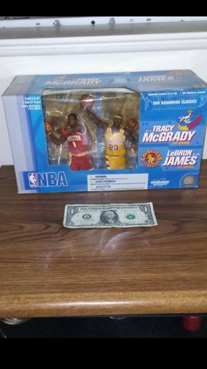 LeBron James Tracy McGrady NBA action figure box set for Sale in Cleveland, OH