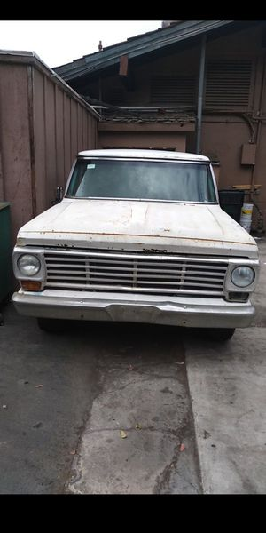 Truck 1967 Ford ranger 250 rebuild engine for Sale in Chula Vista, CA