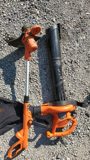 Black and decker leaf blower and weed eater for Sale in Ellwood City, PA