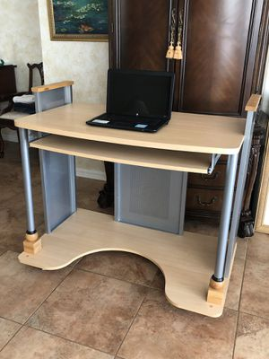 Stand up desk on casters for Sale in Tampa, FL