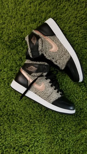 Retro Jordan 1 Black Wool Grey and light Pink Size 6.5 BRAND NEW for Sale in Miami, FL