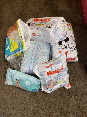 Lot of diapers (several brands) size 2 for Sale in Houston, TX