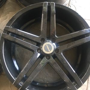 "20"" rims 5 lug 5x114 for Sale in Riverside, CA"