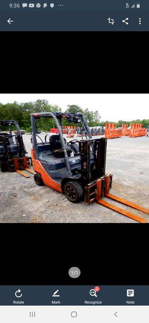 2013 Toyota Forklift for Sale in Trenton, NJ