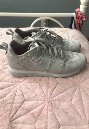 Nike running shoes size 8.5 for Sale in Wichita, KS