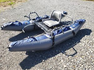 Fishing pontoon boat for Sale in Snohomish, WA