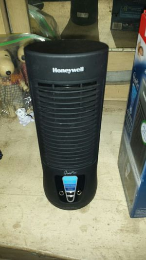 Honeywell slim tower fan for Sale in Houston, TX