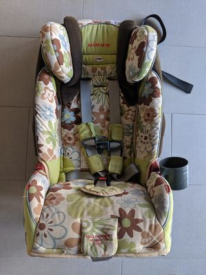 USED Diono Radian RXT Convertible Car Seat / Booster Expires 2024 for Sale in Chandler, AZ