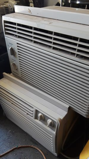 Wall ac units,, for Sale in Victorville, CA