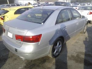 2010 Hyundai sonata for parts only for Sale in Saint Cloud, FL
