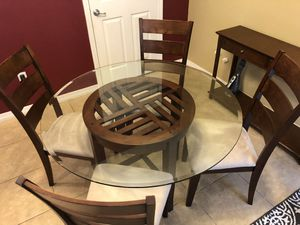 Kitchen/Dining Room Table for Sale in Tampa, FL
