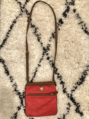 Michael Kors side bag for Sale in Palmdale, CA