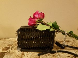 MK LEATHER CROSSBODY BAG for Sale in Kirkland, WA