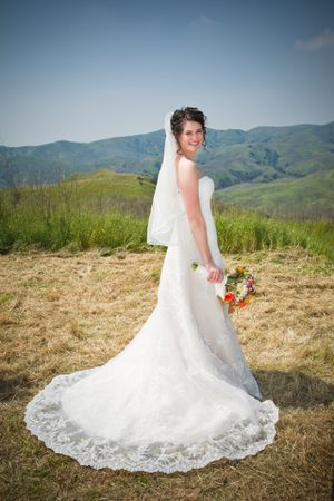 Lace wedding dress for Sale in Fontana, CA