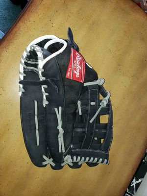 Softball gloves for Sale in Lancaster, CA
