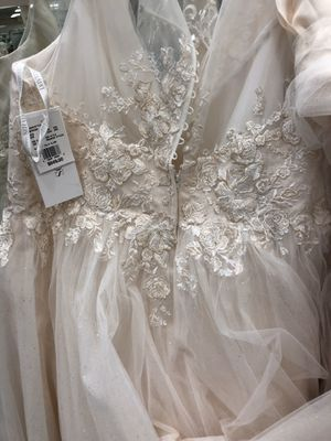 David's Bridal wedding Gown for Sale in Haverhill, MA