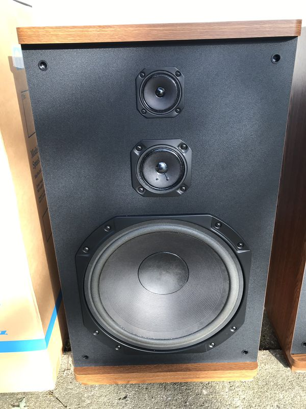 "Marantz 15 "" Tower Speakers Model SP 2065"