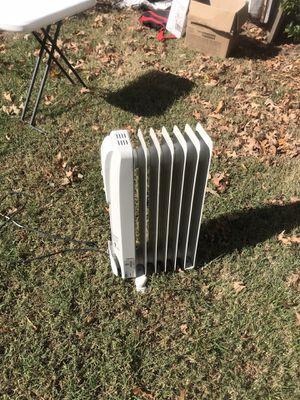 Delongi radiator heater for Sale in Virginia Beach, VA