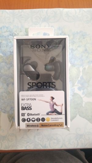 New Sony wireless noise canceling earbuds for Sale in Rancho Cucamonga, CA
